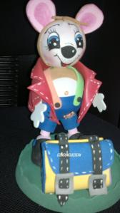 Ratoncito con bolsa guardadientes