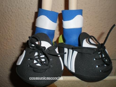 Zapatillas de fútbol  para fofuchas (2/2)