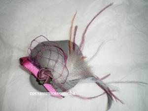 Sombrerito gris y rosa