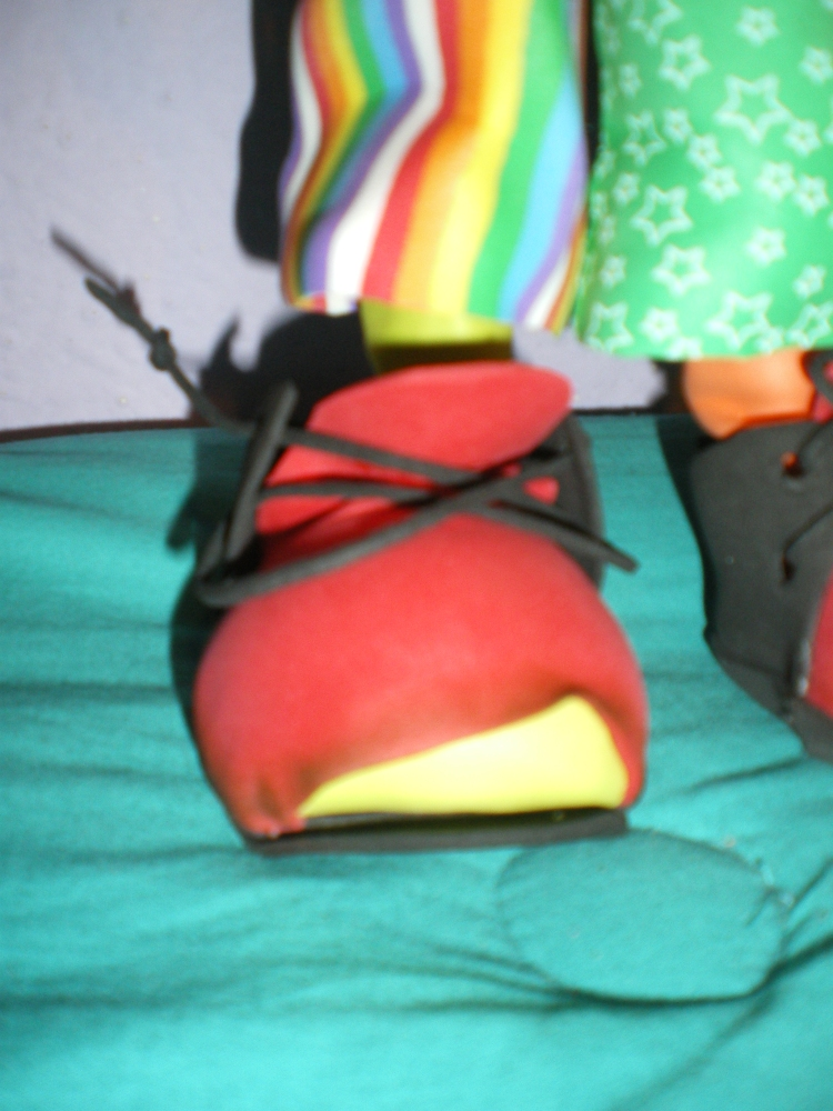 Zapatos de payaso (2/2)