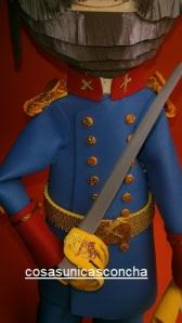 Re. 159 Detalle del traje y de la perilla