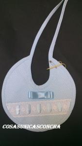Re. 022 Babero de vestir azul