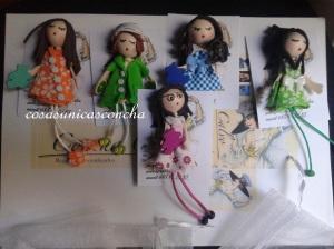 Broches de muñequitas personalizadas para una guarderia