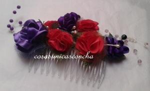 R. 001 Peineta con flores de tela