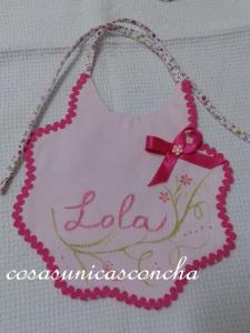 R. 057 Babero de Lola