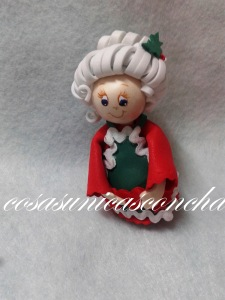 R. 001 Mini fofucha Mama Noel