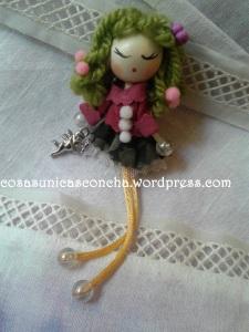 R. 003 Broche de míni muñeca de tela