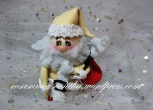 R. 005 Mini Papa Noel en color Beig