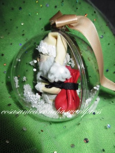 Bola con Papa Noel dentro