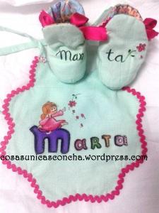R. 061  R. 062 Botas y babero de Marta