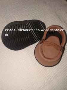 R. 201 Zapato para fofucho adulto