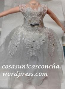 R. 235 Vestido de novia personalizado para fofucha