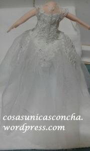 R. 235 espalda del vestido de novia fofucha