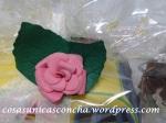 R. 236 Rosa de goma eva