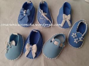 R. 014 Zapatos con imán para regalo de bautizo