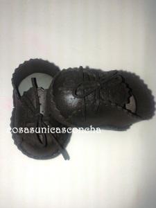 R. 248 Zapatos de fofucho novio