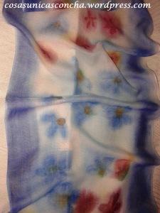 fular pintado a mano de seda y lana