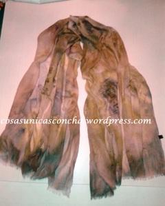 Fular de algodón y viscosa, pintado con pintura de seda