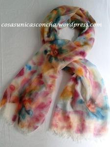 Fular de seda y lana pintado a mano