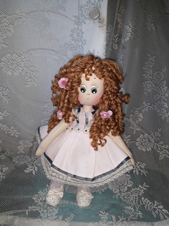 muñeca de trapo tierna, zapatos