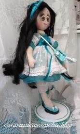 Muñeca Princesa en la Peana