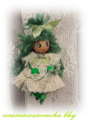 muñequita pelo verde mariposa
